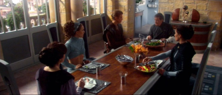 Dinner-at-the-Naberries-star-wars-attack-of-the-clones-23123159-852-480